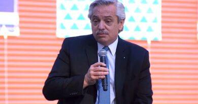 Alberto Fernández pidió que los candidatos dejen sus cargos